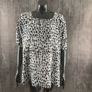 TanJay Plus Size 3X White Speckle Ruffle Top